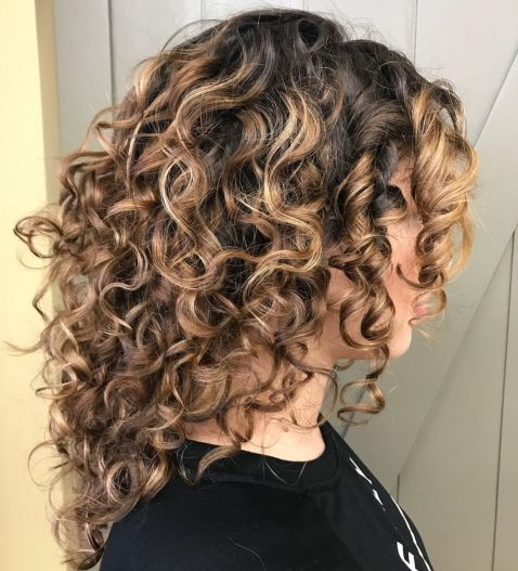 Long Curly Hairstyle for Balayage Hair