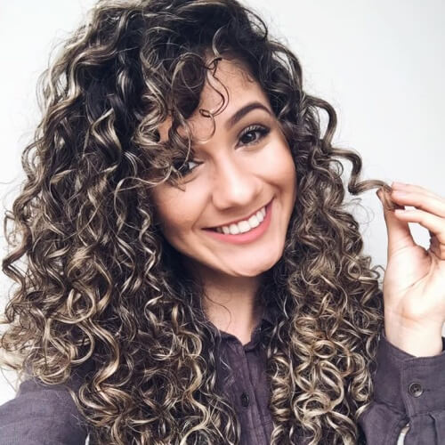 Long Curly Hairstyles with Contrasting Highlights