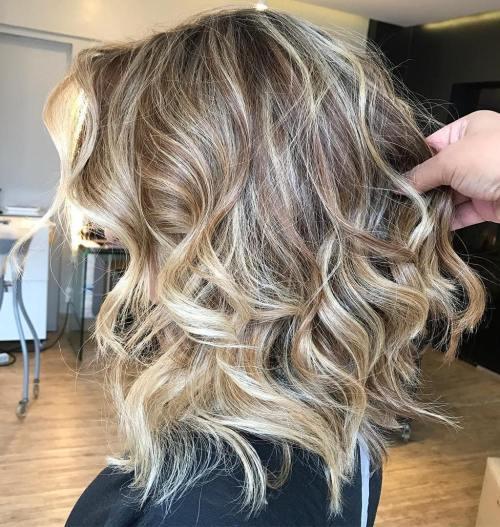Loose Curls with Streaks