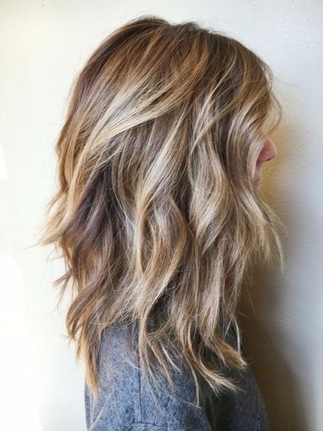Medium Length Hairstyles and Haircuts