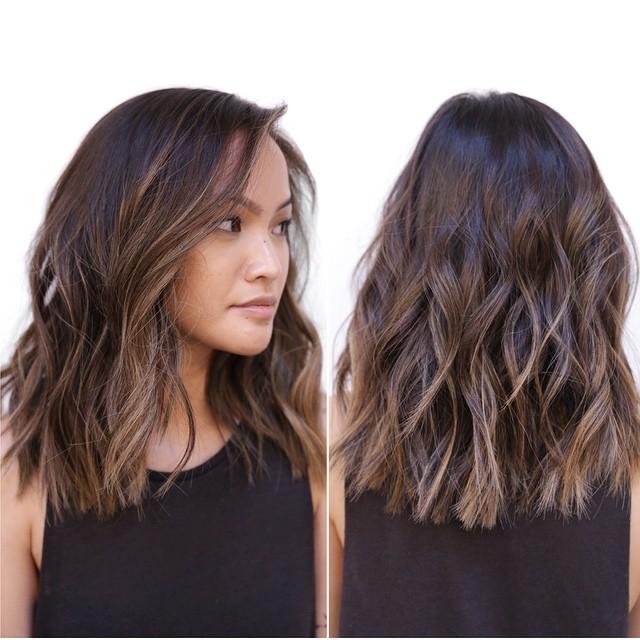 Medium Wavy Hair Styles for Women