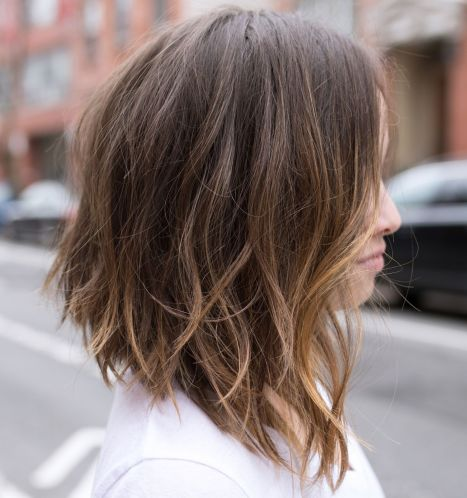 Messy Angled Subtly Highlighted Lob