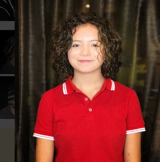 Short Wavy Haircut For Girls