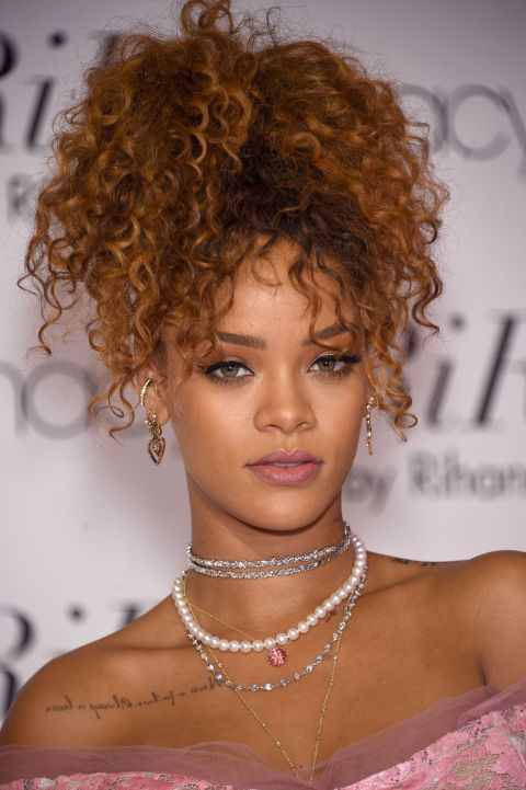 Trust Rihanna to make a curly ponytail
