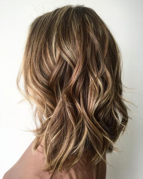 Wavy Layered Hairstyle for Dimensional Balayage