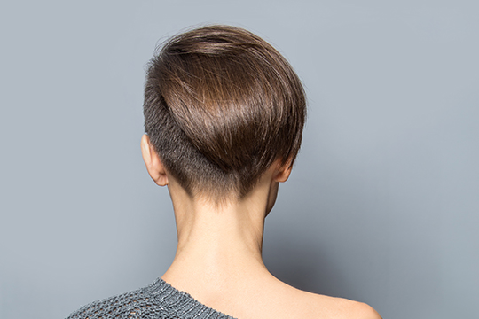 Photo of a female hairstyle semi-boxing back
