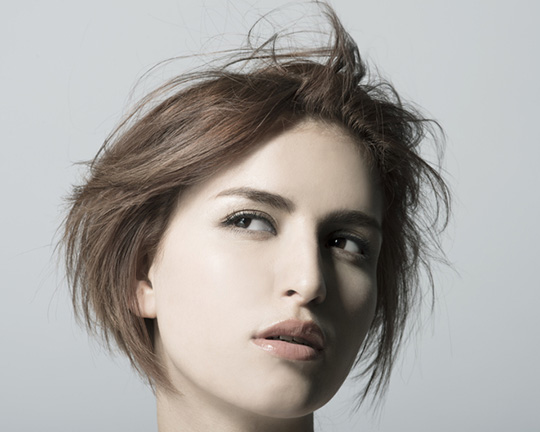 features of women's haircut debut