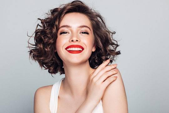 Features of women's haircut bob