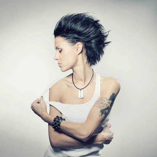 grunge on medium hair